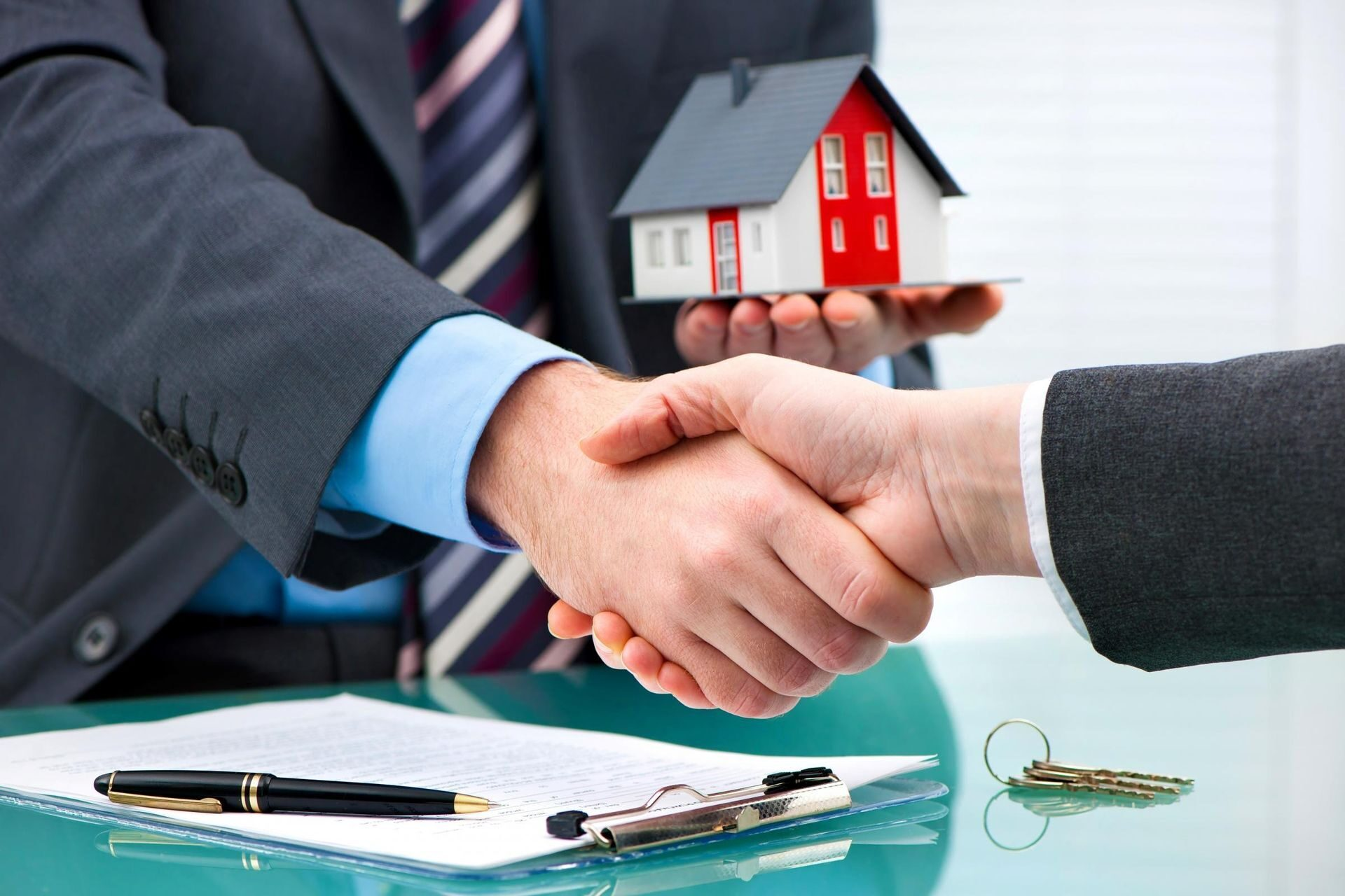 услуги по сопровождению сделок с недвижимостью цены однако